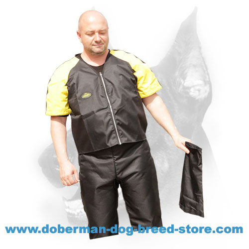 Doberman dog trainer jacket with durable zippers