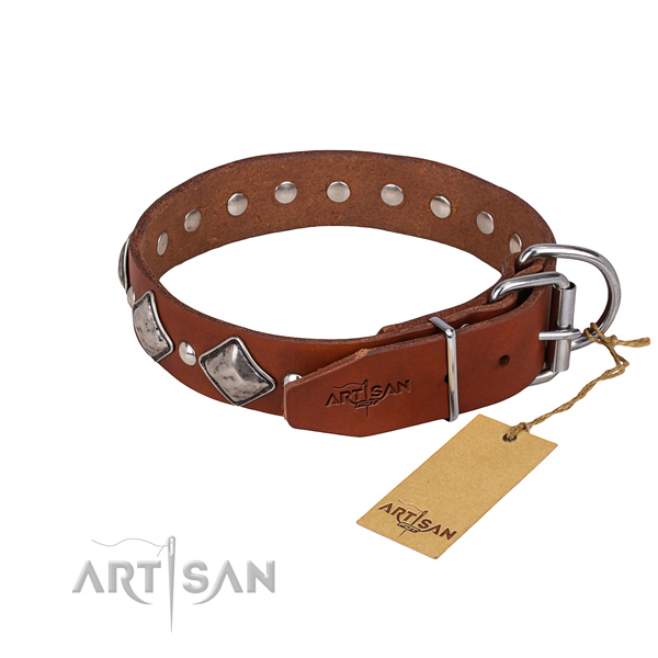 Long-wearing leather dog collar with non-rusting fittings