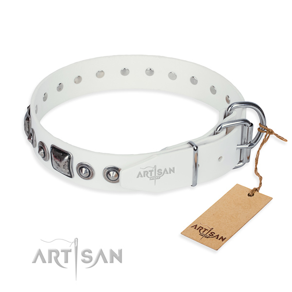Durable full grain leather dog collar handmade for fancy walking