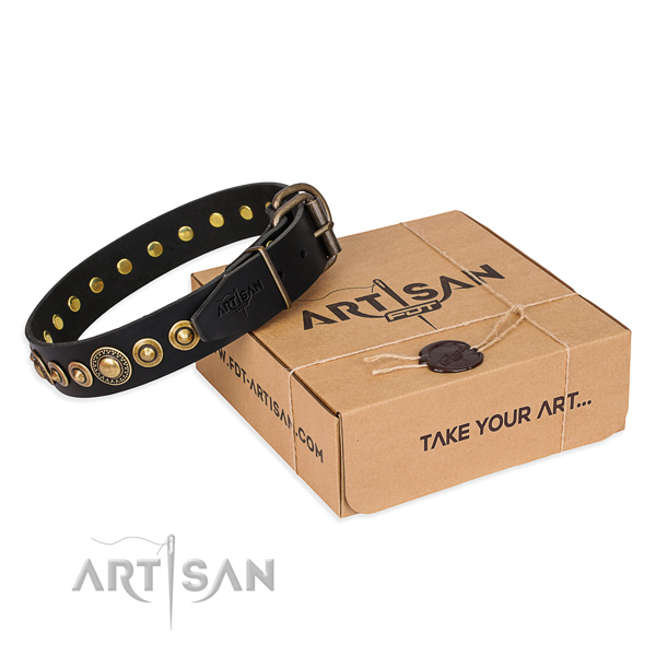 Top rate natural genuine leather dog collar handmade for basic training