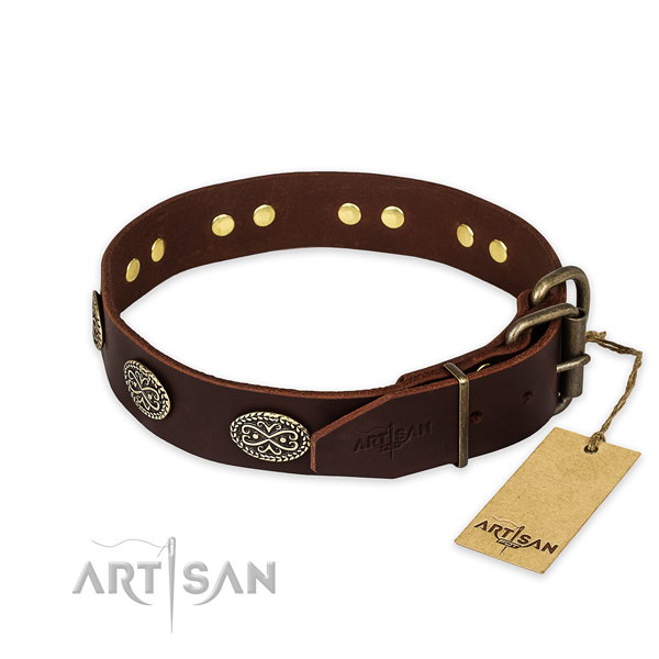Rust-proof D-ring on full grain leather collar for your impressive dog