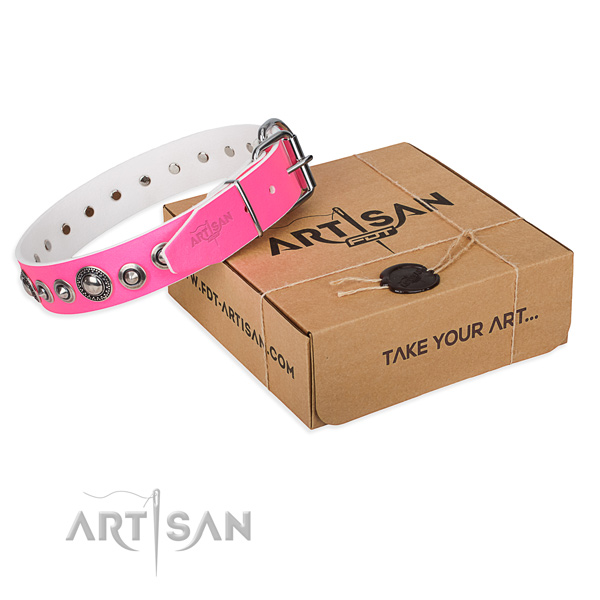Natural genuine leather dog collar made of best quality material with strong traditional buckle