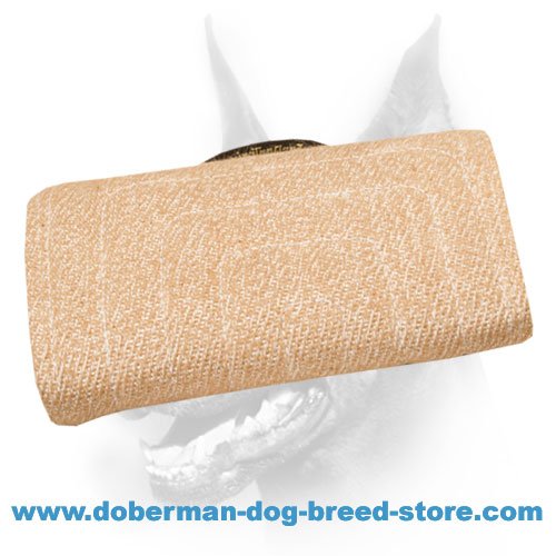 Doberman dog bite builder with replaceable jute cover