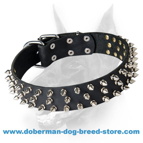 Leather Dog Collar with 3 Rows of Spikes for Doberman