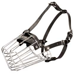 Excellent wire dog muzzle for walks